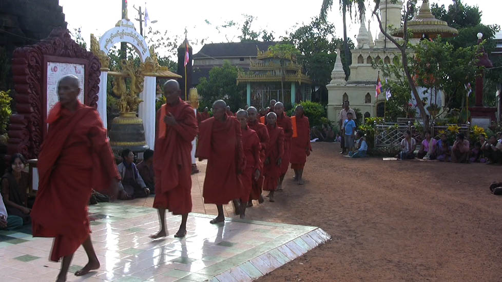 MonksEnteringPagoda_978x550