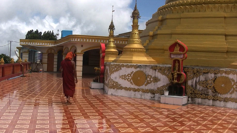 PagodaAndMonk-2_978x550